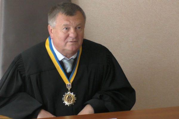 Скандальний суддя Струков отримав після своєї відставки майже мільйон гривень