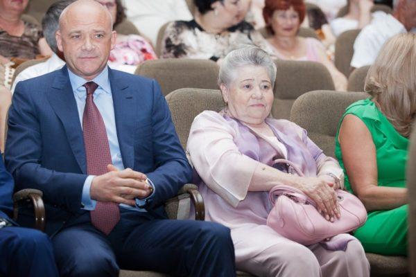 НАБУ долучило до справи Труханова московську квартири матері одеського мера
