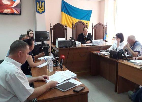 """Мерія Одеси відповідатиме за пожежу в таборі """"Вікторія"""": постраждалі вимагають 4 млн компенсації"""