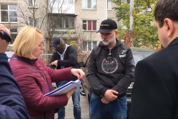 Підозрюваного в держзраді кримського суддю Чорнобука звільнили з-під варти