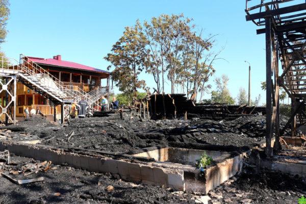 Пожежа у таборі «Вікторія»: знайдена на згарищі щелепа належить загиблій дитині