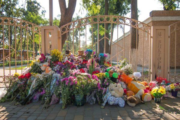Батько загиблої у таборі «Вікторія» дитини просить відкрити провадження проти Труханова