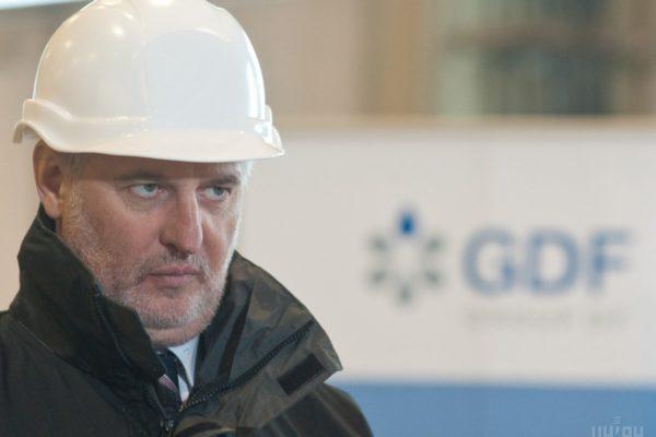 У Таджикистані майже вдвічі знизили ціну на конфісковану фабрику Фірташа
