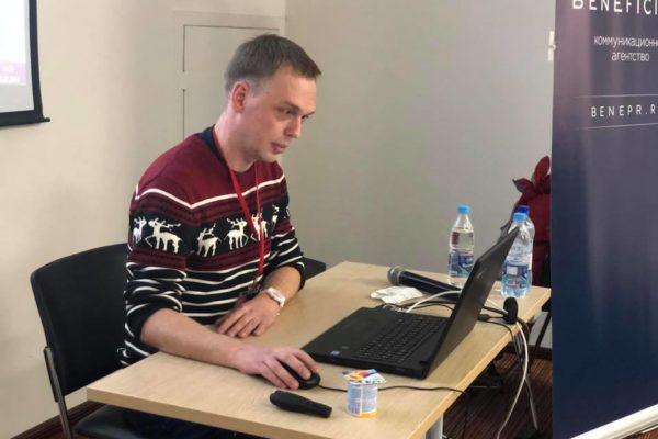 У Москві затримали журналіста-розслідувача «Медузи»