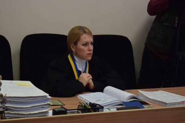 Що відомо про суддю, яка скасувала перейменування проспектів Бандери та Шухевича