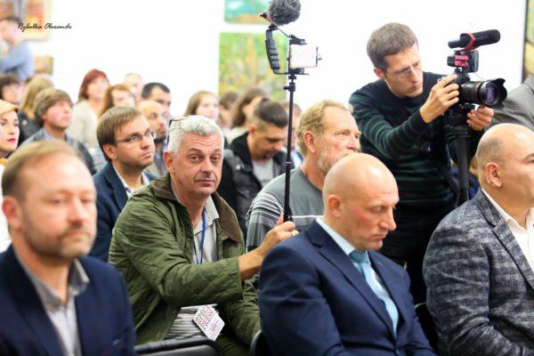 Вбивство черкаського журналіста Комарова: поліція озвучила ключові версії