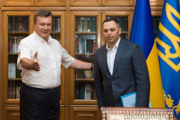 Скандальний суддя Сергій Вовк вирішив стягнути з бюджету майже 7 млн грн на користь Портнова