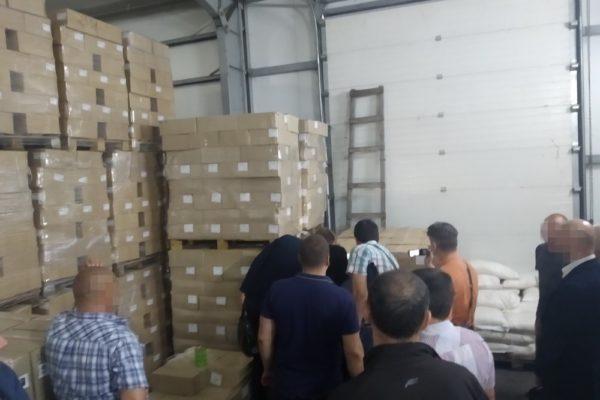 Суд арештував понад 180 тонн зіпсованих консервів для ЗСУ