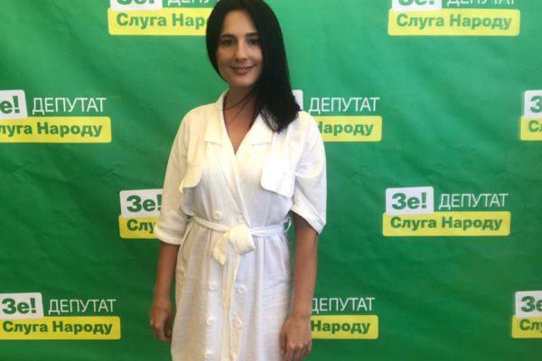 «Юристи розводять руками»: майбутня депутатка від «Слуги народу» про свій бізнес у Криму
