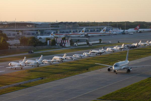 """Аеропорт """"Бориспіль"""" хоче віддати 13 мільйонів фірмі з ознаками фіктивності"""