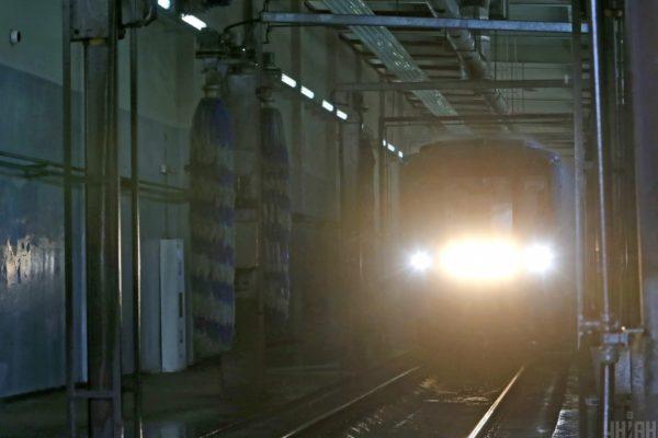 Харківське метро віддало вже мільярд гривень фігуранту справи про відмивання коштів