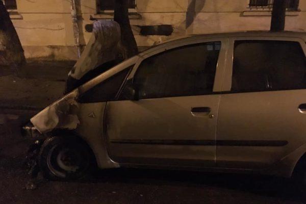 """Журналістка """"Радіо Свободи"""" пов'язує із професійною діяльністю підпал свого авто"""