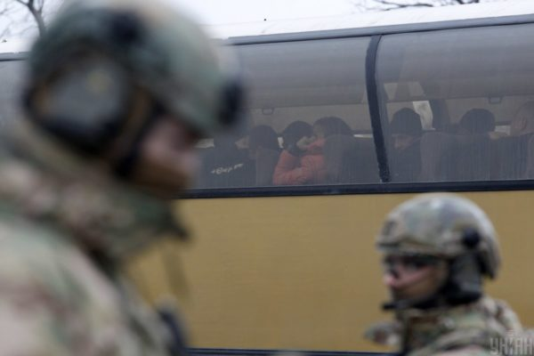 Україна віддала на обмін в ОРДЛО убивць полковника СБУ Хараберюша