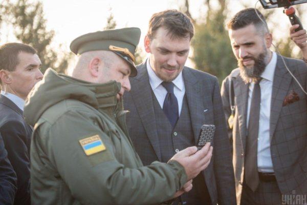 Нова митниця: люстрований після Майдану посадовець, поціновувач Бентлі та зяті успішних тещ