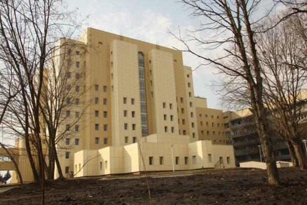 За 400 000 грн на картку Приватбанку: проти нового керівника інституту раку відкрито кримінальне провадження