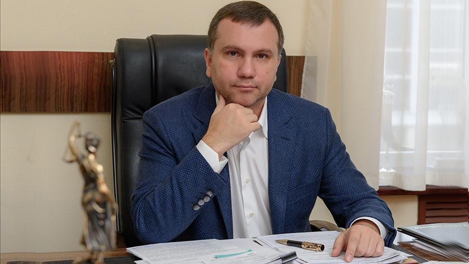 Top-https://www.slidstvo.info/news/golova-ooask-pavlo-vovk-dopomig-lyustrovanomu-prokuroru-ponovytysya-na-posadi-j-otrymaty-kompensatsiyu/