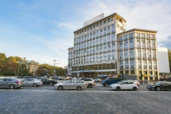 Фонд держмайна продав готель «Дніпро» за 1,11 млрд грн
