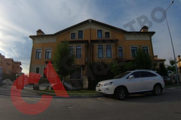 Після розслідування «Слідства.Інфо» керівник кіберполіції задекларував будинок, який приховував 5 років