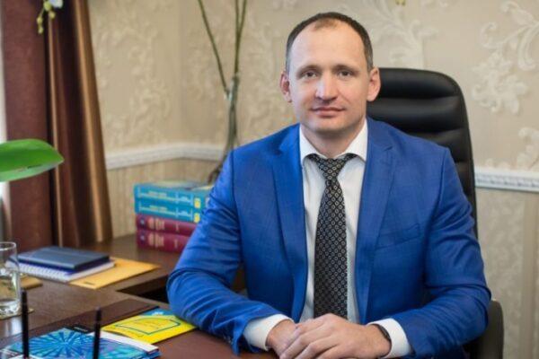 Новий заступник керівника ОП Татаров захищав у суді одіозних проросійських діячів