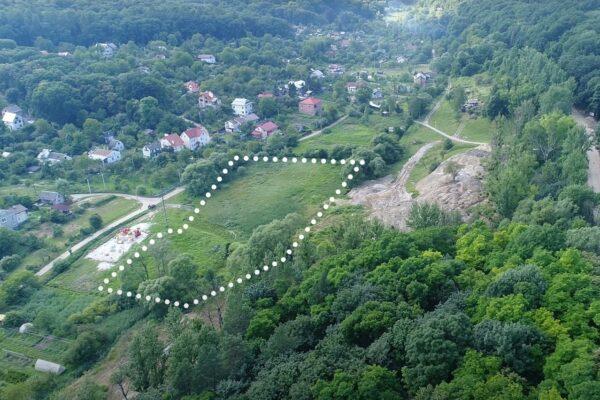 Землю під Львовом, виділену учасникам АТО, виставили на продаж за $540 тис