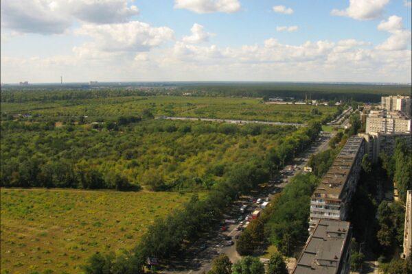 На території держпідприємства у Києві незаконно звели готель на 500 квадратів