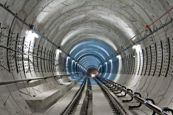 Справа про шахрайство на будівництві метро: «печерський» суддя Вовк зняв арешт із 2,6 млрд грн