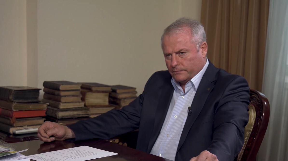 Top-https://www.slidstvo.info/news/zasudzhenyj-za-vbyvstvo-eksnardep-vygrav-vybory-golovy-otg/