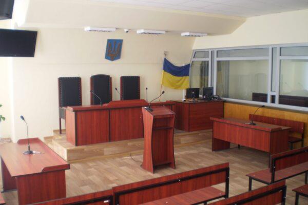 Ні ремонтів, ні доплат, ні поштових марок: чому українські суди залишилися без фінансування
