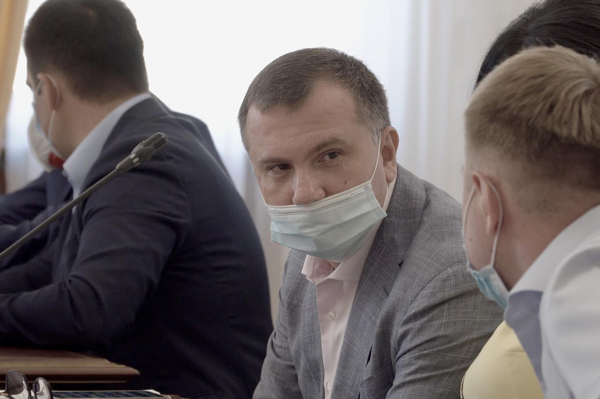 Top-https://www.slidstvo.info/news/antykoruptsijnyj-sud-ne-zahotiv-prymusovo-dostavyty-na-zasidannya-pidozryuvanyh-suddiv-oask-bo-ti-buly-v-maskah/