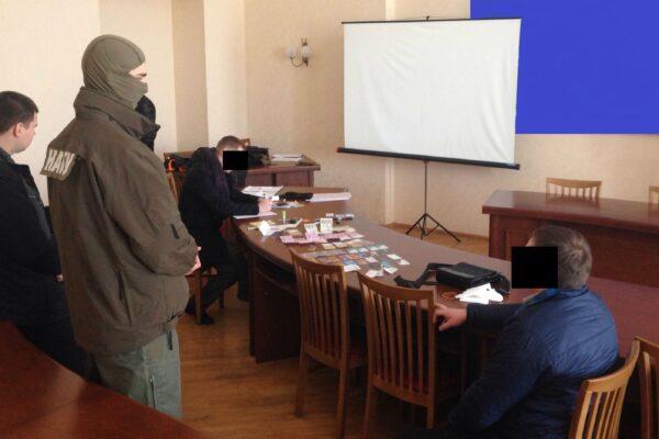 Експрокурор ГПУ, який намагався дати хабар за посаду в НАБУ, оскаржує вирок Антикорсуду