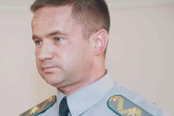 Компанії експрикордонника з команди президента Зеленського ввозили до України нелегальні сигарети