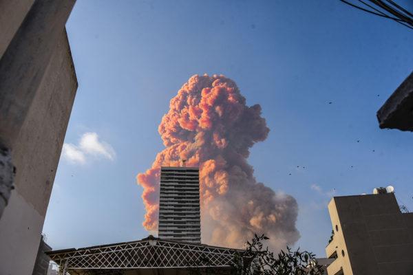 Фірми будівельного магната із Дніпра причетні до вибуху селітри в Бейруті